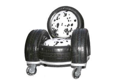 ...кресло например для дачи можно сделать всего из 4 отслуживших свое автомобильных шин, ленточной веревки (ремня)...